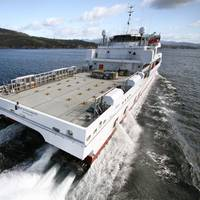 70m Crewboat with 4 HamiltonJet HT900 waterjets