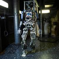 U.S. Navy Firefighting Robot (image: courtesy U.S. Navy)