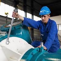 Final touch to the dredge pump unit (Photo: Damen)