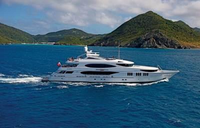 Charter Yacht Zoom Zoom Zoom: Photo credit IYC