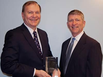 Richard Hadsall receives Lifetime Achievement Award from MTN's CEO Errol Olivier: Photo credit MTN