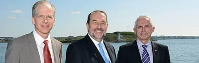 Honourable Denis Lebel & Officials: Photo creditTransport Canada