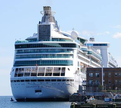 Grandeur of the Seas: Photo credit  Taxiarchos228 at the German language Wikipedia
