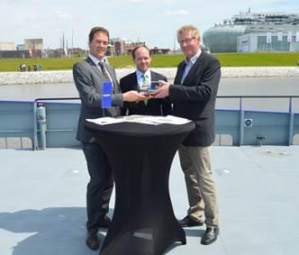 From left to right Frank de Lange (Damen),Caspar Spreter (Windea) andKnut Gerdes (Windea)