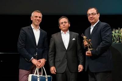 Award prsentation: Image credit Oceanco