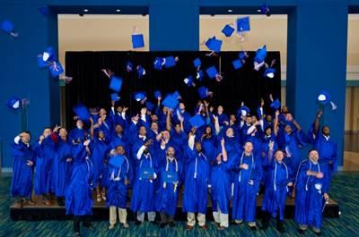Apprentice graduation: Photo credit HII
