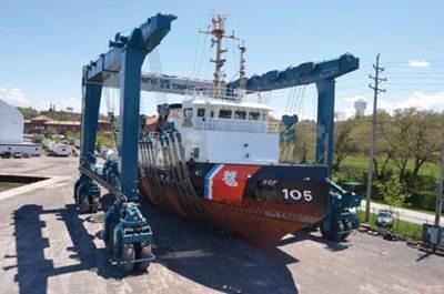 GLS hoist scene: Photo courtesy of Great Lakes Shipyard