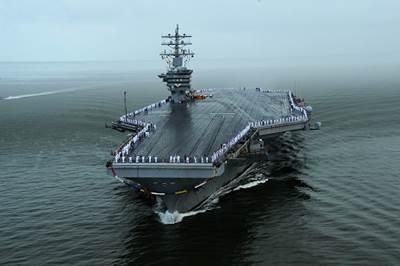 USS Dwight D. Eisenhower (CVN69). (U.S. Navy photo by Mass Communication Specialist 2nd Class Ryan D. McLearnon)