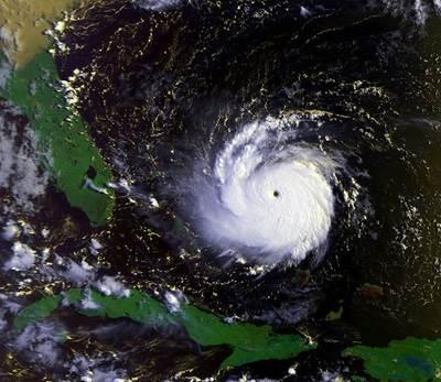 Hurricane Andrew (Photo: NOAA)