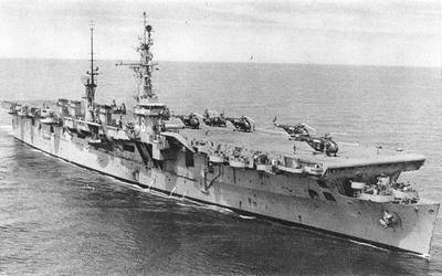 USS Saipan (U.S. Naval Historical Center Photograph.)