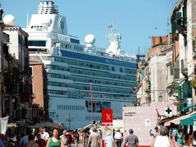 Venice Cruise Ship: Photo courtesy of 'No Big Ships Committee'