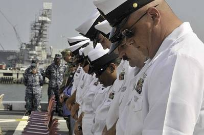USS New York crew members: Image courtesy of USN