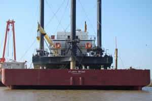 Smith Maritime's semi-submersible barge, Atlanta Bridge.