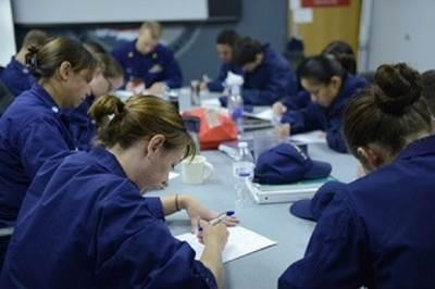 Boatcrew students test: Image USCG