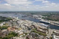 Port of Kiel maintains handling performance