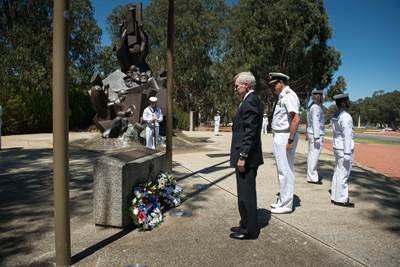 SECNAV Mabus at Naval Memorial: Photo credit USN