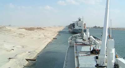 Suez Canal passing place: Photo CCL