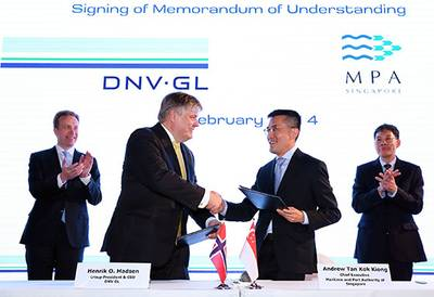 The signing ceremony took place at the DNV GL 150th anniversary celebrations, in the presence of Mr Lui Tuck Yew, Singapore's Minister for Transport and Mr Borge Brende, Norway's Minister of Foreign Affairs.