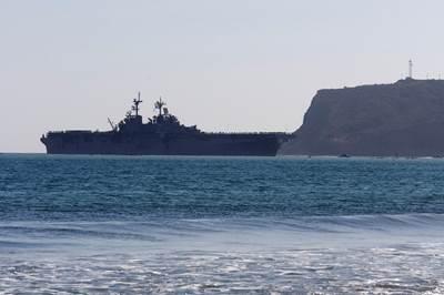 Official U.S. Navy file photo of the amphibious assault ship USS Essex (LHD 2), by Joe Kane