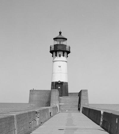Duluth Harbor North Pier Light (U.S. Library of Congress photo)