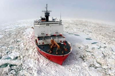 Coast Guard Cutter Healy (USCG photo)