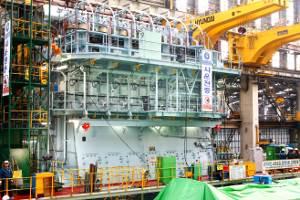 Seven-cylinder Wärtsilä RT-flex82T low-speed engine at Hyundai Heavy Industries Co Ltd in Korea. It develops 31,640 kW at 76 rpm. (Photo courtesy Wärtsilä Corporation)
