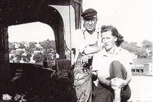 Don Horton's mother, Sadie O. Horton, and father, Capt William L. Horton, sitting on the stern of a barge around 1942. Photo courtesy Don Horton.
