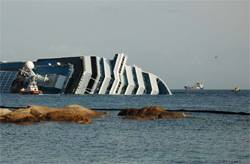 Picture showing the Costa Concordia with Salina Bay to the right