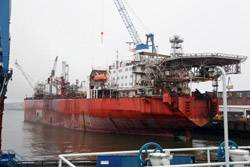 From January 16, 2012, the FPSO EnQuest Producer (formerly known as Uisge Gorm) will be staying at Blohm + Voss Repair for 17 months for lifetime extension.