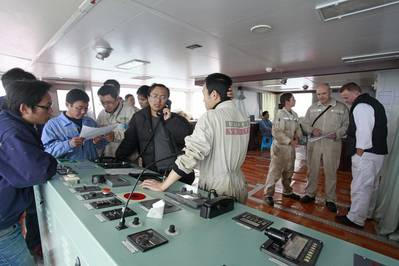 Three parties working together during sea trials (Photo: Jia Ming)