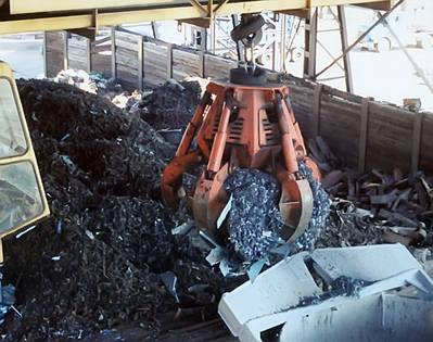 five-tine orange peel grab to help scrap handlers and steel processors to hold and retain larger loads more efficiently.