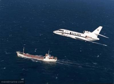Aéronavale Falcon 50 Over-flys Merchant Vessel: Photo credit EUNAVFOR
