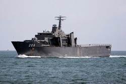 Endurance-class warship: Photo courtesy SSN