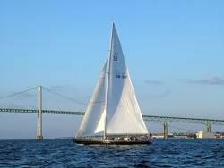 US Yacht 'Freedom': Photo credit Wiki CCL 'Radomil'