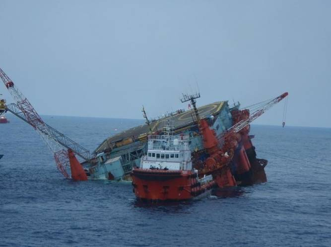 Salvage Operation: Photo courtesy of T&T Salvage