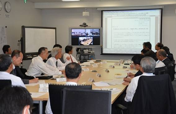 Scene of Tabletop Drill. The drill was held via videoconference among MOL Liner (HKG), the ship management company (HKG) and the Emergency Control Headquarters. (Photo: MOL)