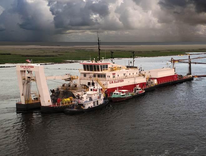 Marine dredge E. W. Ellefsen working on the lower Mississippi River.