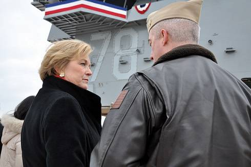 Susan Ford Bales, daughter of late President Gerald R. Ford and ships sponsor, speaks with Capt. John Meier, prospective commanding officer for the future nuclear-powered aircraft carrier USS Gerald R. Ford(U.S. Navy photo by Mass Communication Specialist 1st Class Nathanael Miller/Released)