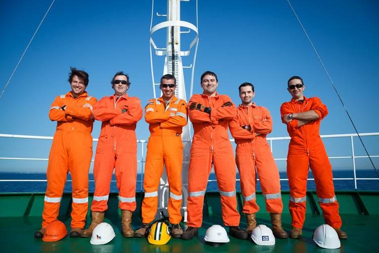 Calesurvey crew on board Kommandor Calum