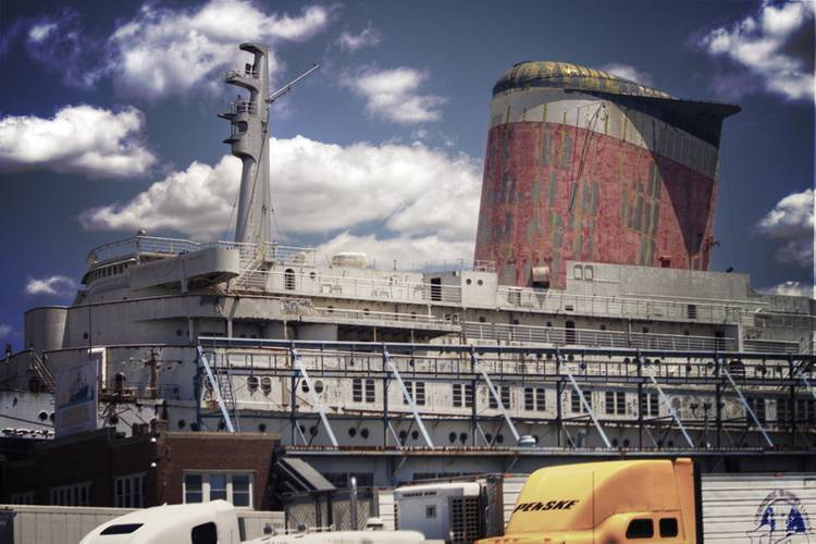The SS United States' forward funnel and radar mast. (Credit: SS United States Conservancy)