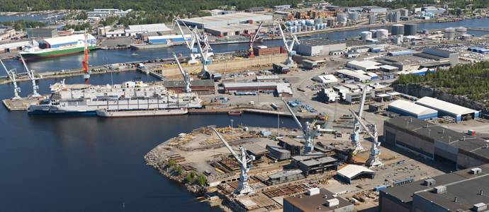 The Rauma yard with a building dock measuring 260 x 85 meters is a leading ferry builder, which also specializes in small cruise ships, multipurpose icebreakers and naval craft. (Photo: STX Finland)