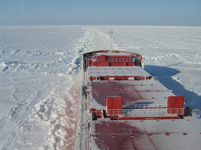 Azipod and DAS make it possible for Norilsk Nickel's five container ships to sail bow first in open water and stern first in thick and heavily ridged ice. They can cut through 1.7 meters of level ice and more than 10 meters of ridged ice with considerably less installed power (13 megawatts) and lower energy consumption than conventional diesel-driven vessels of the same weight and hull design. (Photo: ABB)