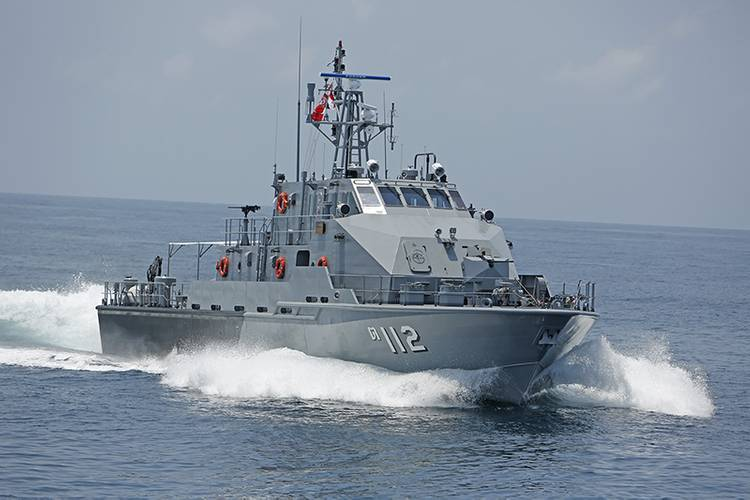 A starboard-side view of the Royal Thai Navy patrol boats.
