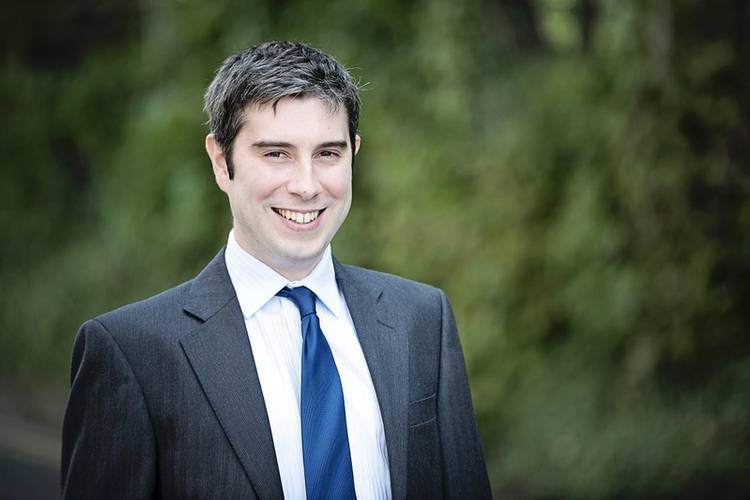 Robert Davies, Jee Associate Principal Engineer