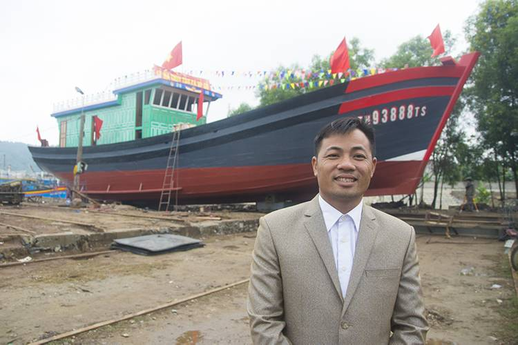 Owner Capt. Trinh Van Hung is justifiably proud of his new boat. (Haig-Brown photos courtesy of Cummins Marine)