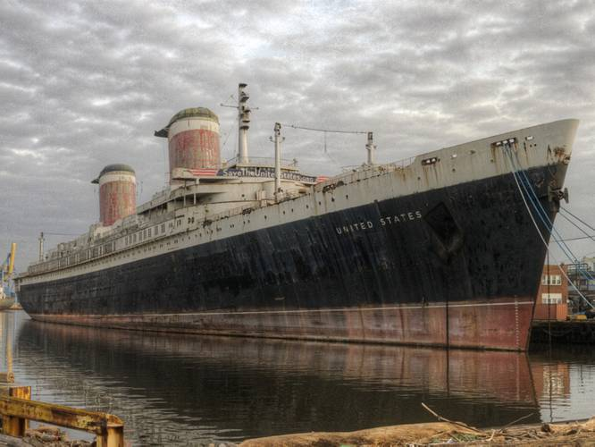 SS United States sits out of commission in Philadelphia. (Photo: SS United States Conservancy)